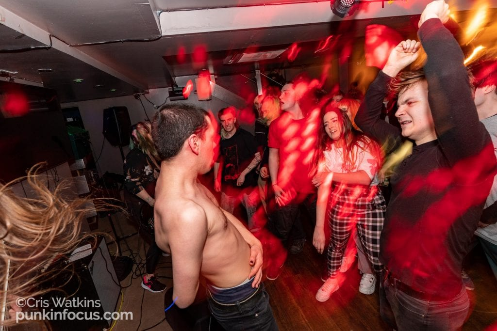 Negative-Measures-Back-Beat-Bar-Brighton-12th-March-2020-16